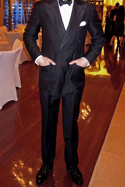 Perfect black tie form