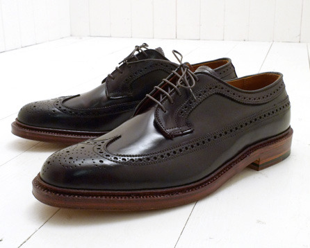 A beautiful edge dressing on a beautiful pair of shell cordovan Aldens