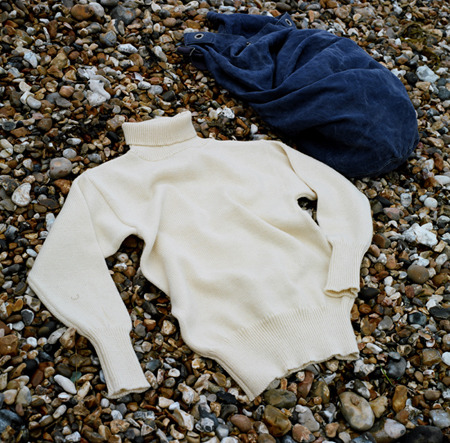 North Sea Clothing makes reproduction submariner sweaters in the UK