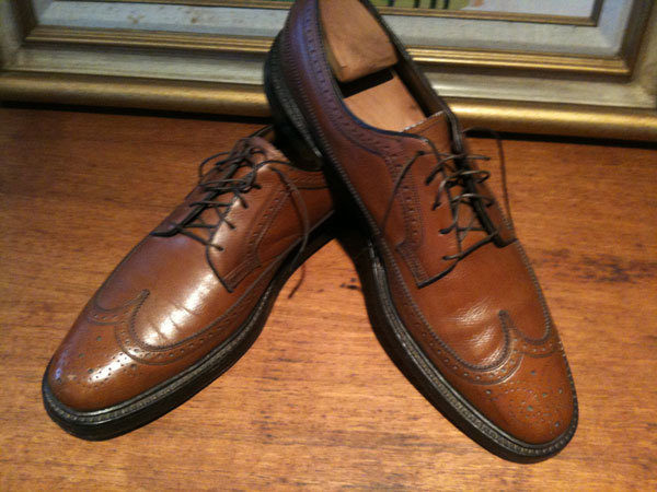 It's On eBay: Vintage Florsheim Imperial Pebble Grain Longwings