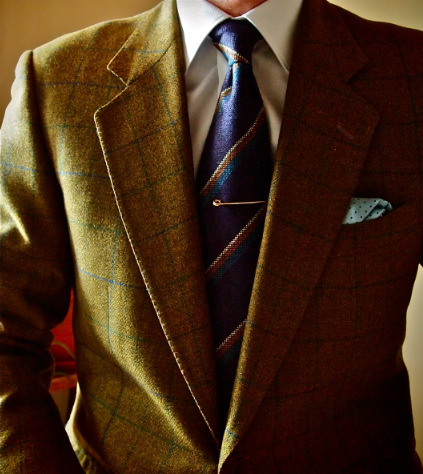 I have a Harris Tweed windowpane in a very similar color combination to this