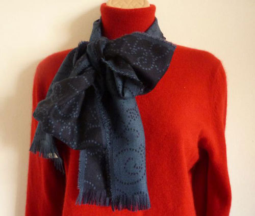 eBay user Lulabel167 is offering cashmere scarves this year