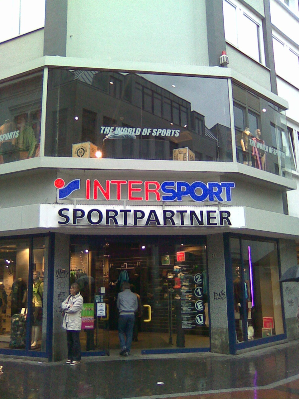 spotted at sports partner in bonn germany by reader. Black Bedroom Furniture Sets. Home Design Ideas