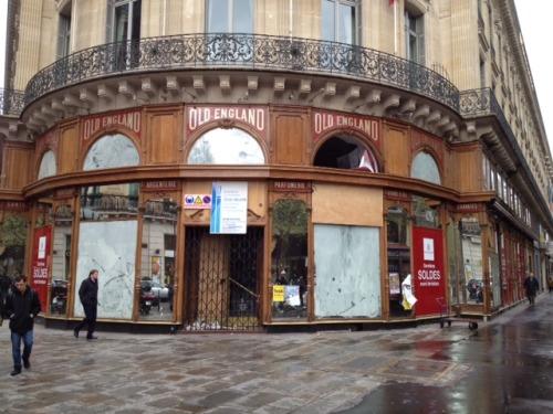 Old England,Paris. R.I.P.