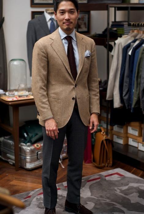 navy blazer brown pants