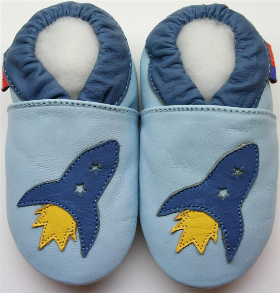 A Tiny Recommendation: Cute, Cheap Baby Shoes – Put This On