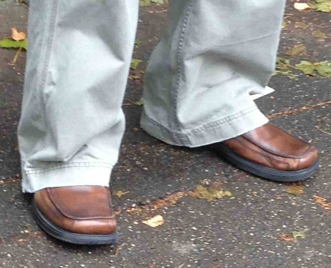 """""""The moment when you finally 'get' why square-toed shoes are a bad look."""""""