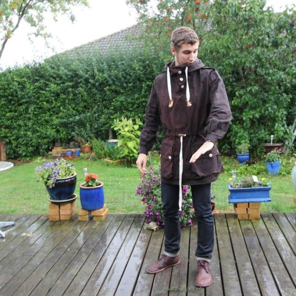 creating a waxed cotton Swedish Army anorak