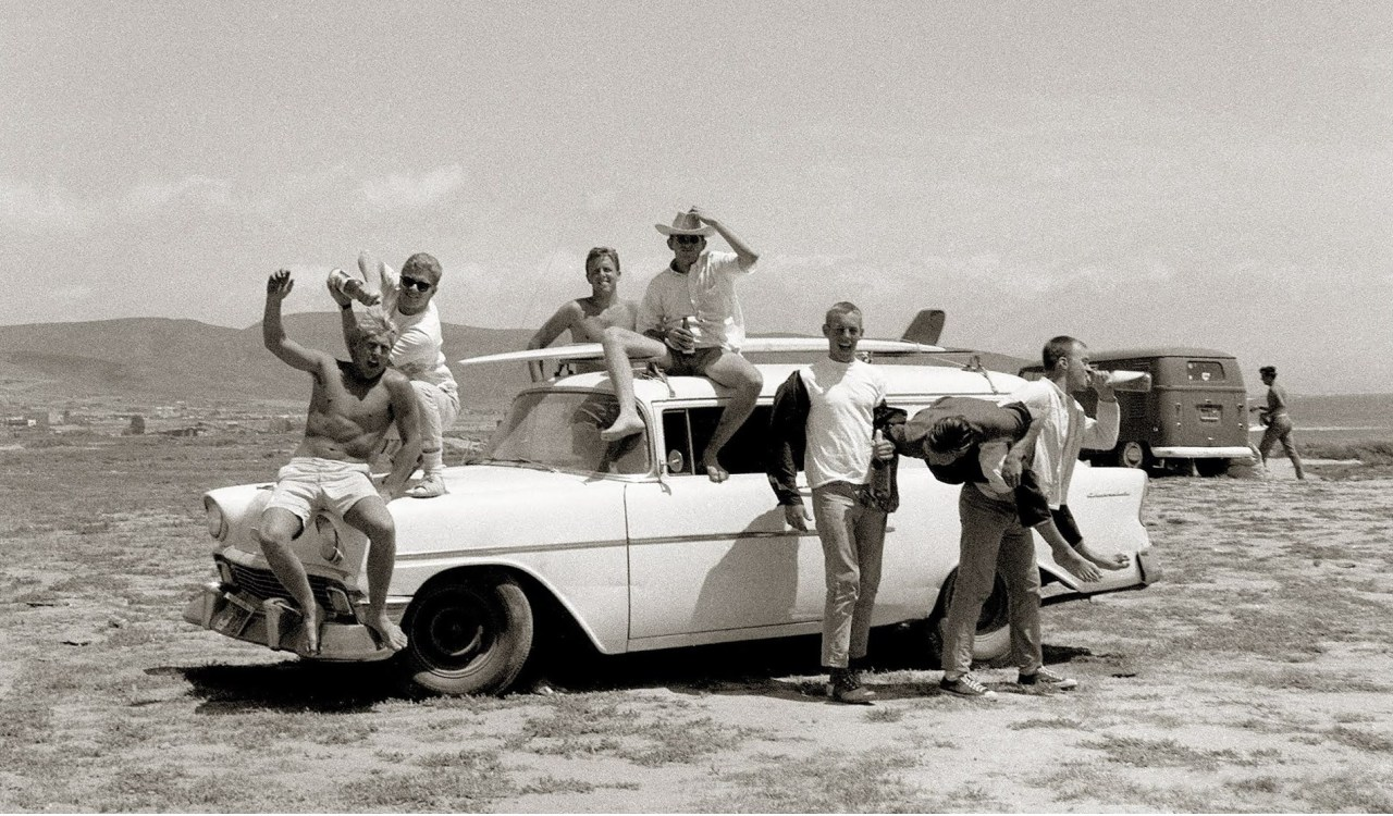 On 1960s surfer style