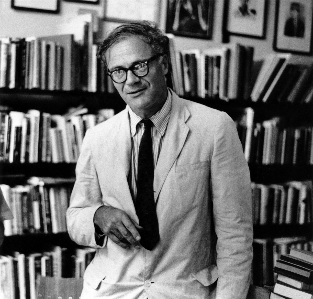 The Messy Style of Robert Lowell