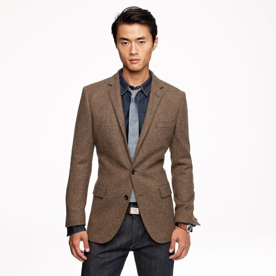Stop Wearing Suits Like This
