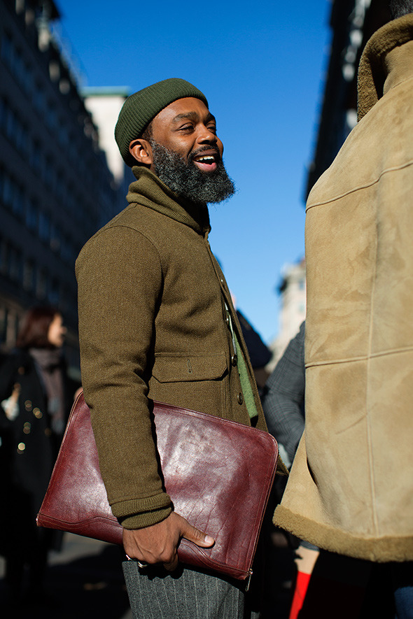 The Lightest, Easiest Bag Possible: A Folio